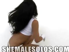 Shemale Stunner Isabelly Santana